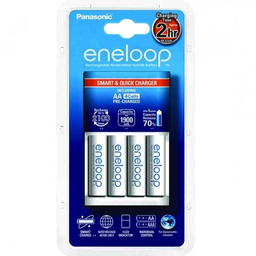 Punjač Eneloop smart sa 4 AA Eneloop standardne baterije