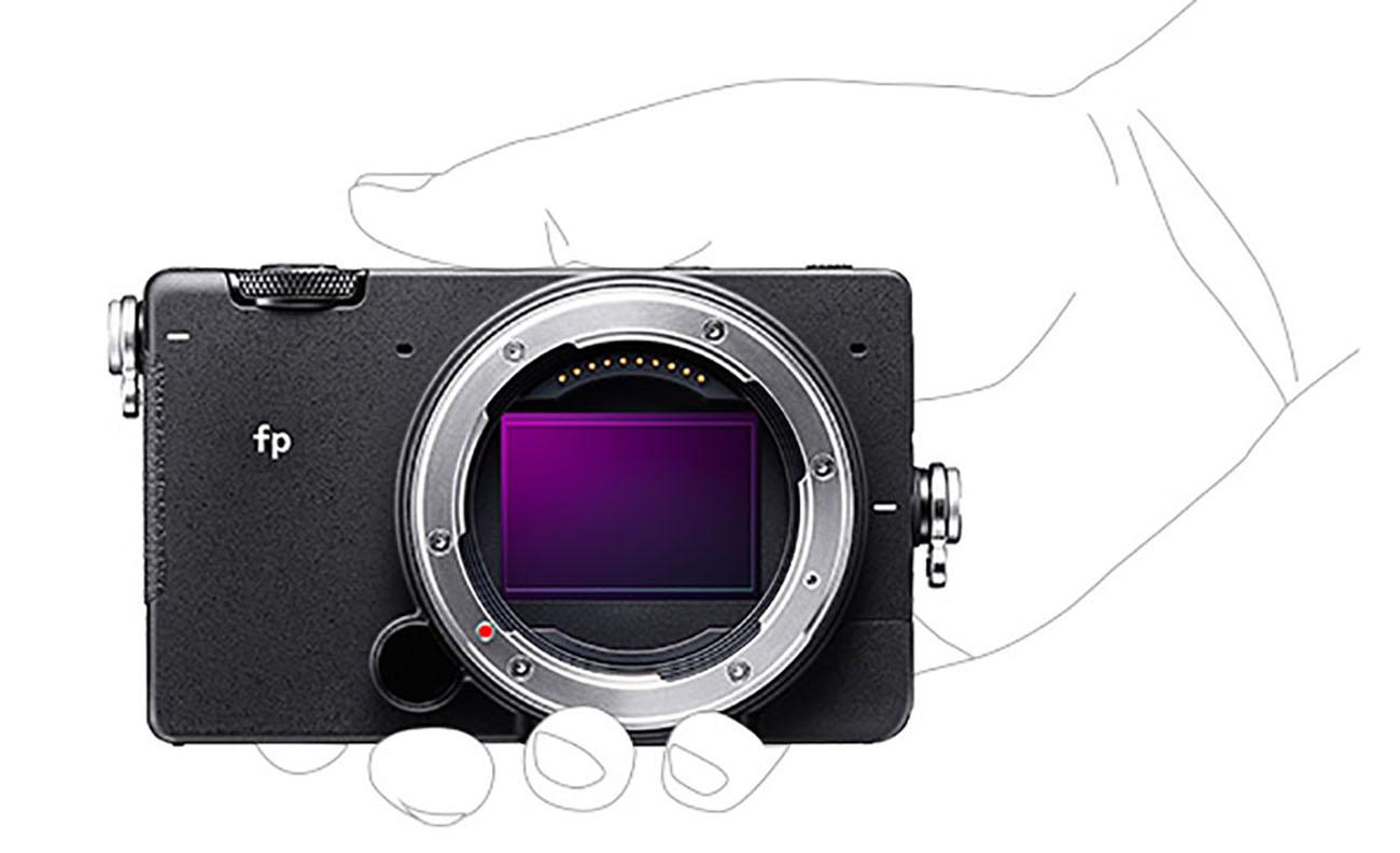 sigma-fp-mirrorless-fotoaparat