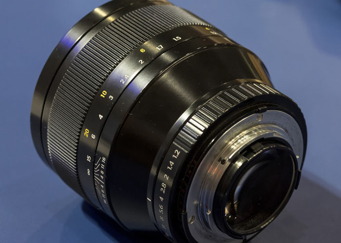 zenitar-85-mm-f-1.2-objektiv-1